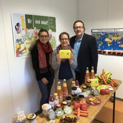 1 Bio-Brotbox-Aktion in Bremen Helen-Kaisen Schule.JPG