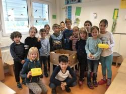 3 Bio-Brotbox-Aktion SchülerInnen der Helene-Kaisen-Grunschule.JPG